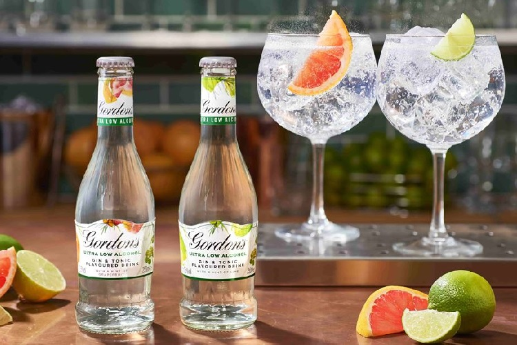 Gordon's ultra low alcohol gin and tonic